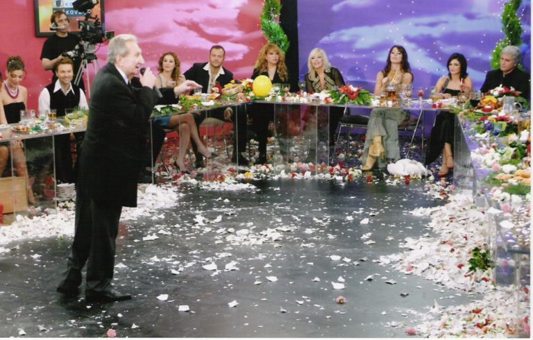 Πέθανε ο λαϊκός τραγουδιστής Μιχάλης Μενιδιάτης | tovima.gr
