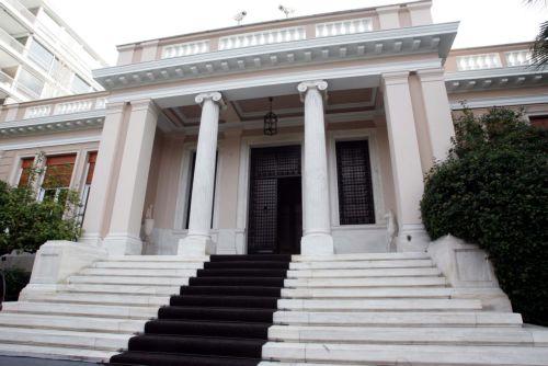 Ταχύρρυθμα μαθήματα ασφαλείας για τη φρουρά του πρωθυπουργού | tovima.gr