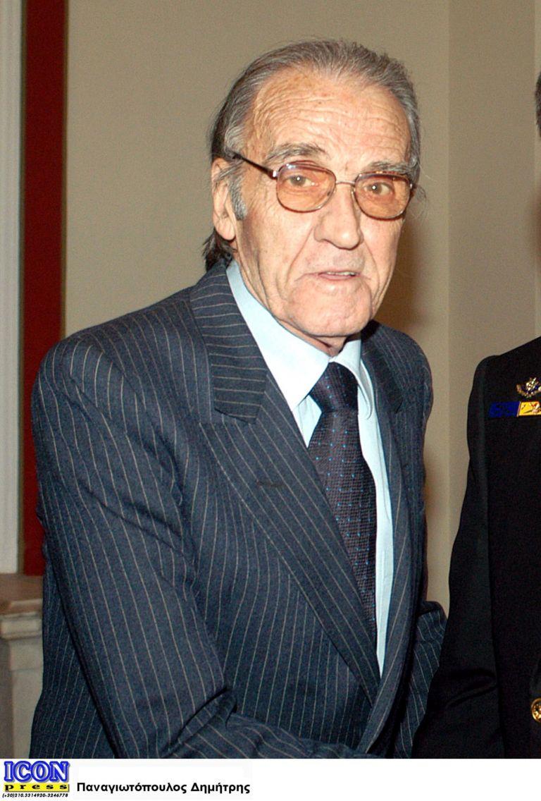 Πέθανε σε ηλικία 82 ετών ο επίτιμος αρχηγός ΓΕΝ Λεων. Βασιλικόπουλος   tovima.gr