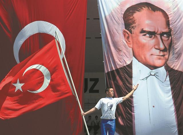 Τέσσερα σενάρια για το μέλλον της Τουρκίας   tovima.gr