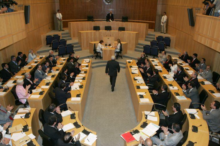 Δεν αποδέχεται πλέον Διζωνική Δικοινοτική Ομοσπονδία η ΕΔΕΚ   tovima.gr