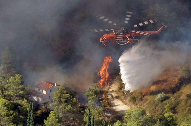 Τουρκικά ελικόπτερα θα σβήνουν τις φωτιές στα ελληνικά δάση;   tovima.gr