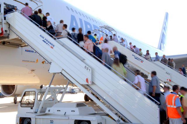 Ταξίδια για τους υπουργούς μόνο με έγκριση Σαμαρά | tovima.gr