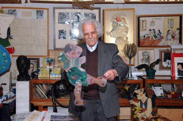 Το Αρχείο της ΕΡΤ θυμάται τον Ευγένιο Σπαθάρη | tovima.gr