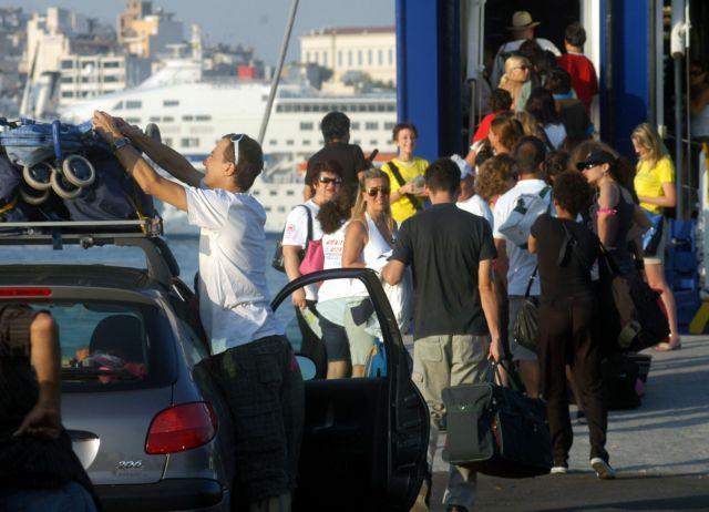 Απρόσμενη αύξηση 15,9% του εσωτερικού τουρισμού το 2014 | tovima.gr