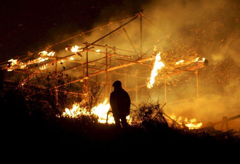 Ιταλία: Φωτιά στο ιστορικό στούντιο της Τσινετσιτά   tovima.gr