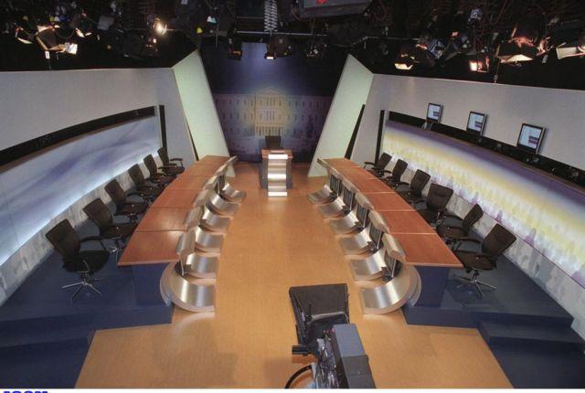 Διακομματική: Τα κόμματα θα αποφασίσουν για τα debate | tovima.gr