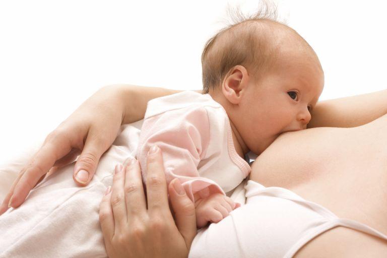 Το κίνημα του θηλασμού: Οι τύψεις, οι διαμάχες και η μάχη του μητρικού γάλακτος | tovima.gr