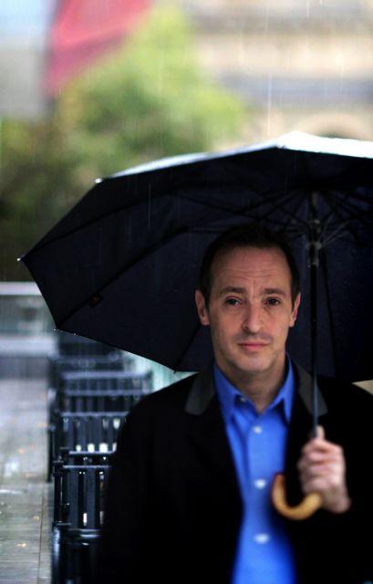 Ντέιβιντ Σεντάρις: Ο σαρκασμός είναι τρόπος άμυνας | tovima.gr