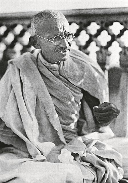 Μαχάτμα Γκάντι : «Προσηλυτίζω διά της πειθούς» | tovima.gr