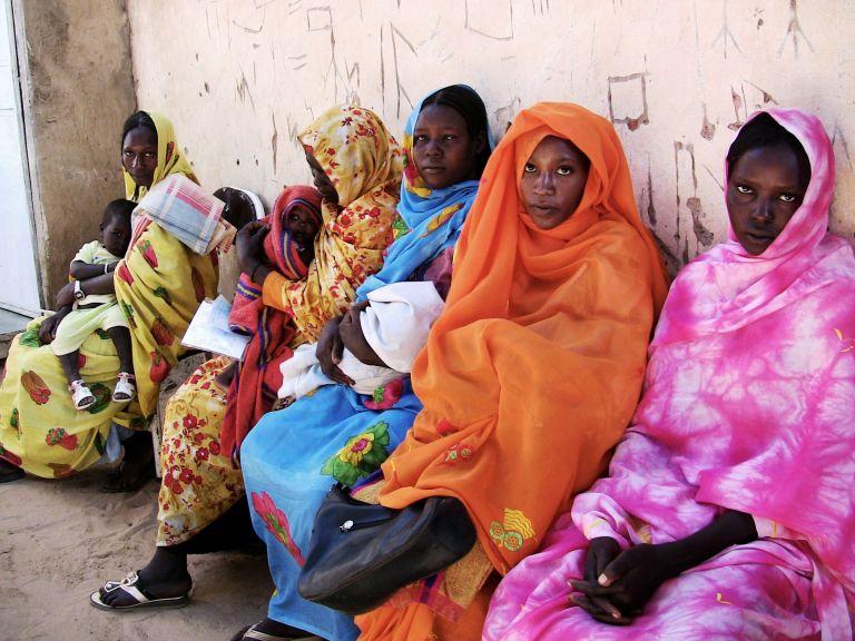 Σουδάν: Καταδίκασαν έγκυο σε θάνατο επειδή άλλαξε θρησκεία | tovima.gr