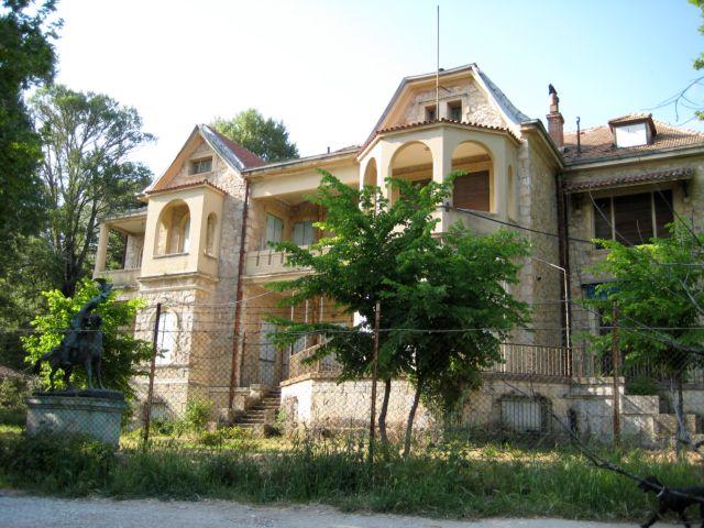 Ο διεθνούς φήμης αρχιτέκτονας Λουί Μπενέκ για την αποκατάσταση του κήπου στο Τατόι   tovima.gr