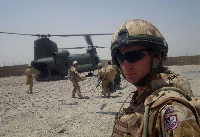 Βρετανία: Παρατείνει τη στρατιωτική της παρουσία στο Αφγανιστάν   tovima.gr