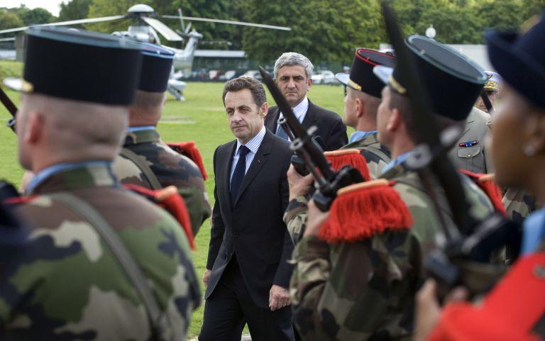 Η Γαλλία κινητοποιεί 10.000 στρατιώτες για αυξημένα μέτρα ασφαλείας | tovima.gr