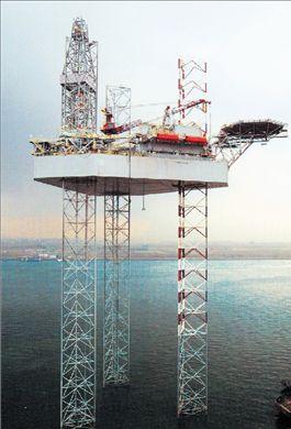 Αναθεωρεί προς τα κάτω  ο ΟΡΕC τις εκτιμήσεις  για τη ζήτηση πετρελαίου | tovima.gr