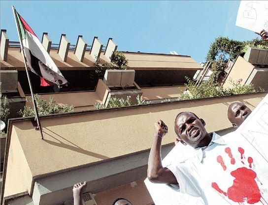 Κατηγορείται για γενοκτονία ο πρόεδρος του Σουδάν | tovima.gr