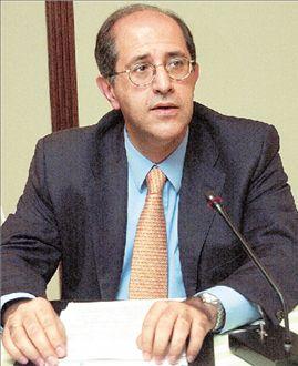 Ο υπάλληλος που έγινε αφεντικό στη Vivartia | tovima.gr