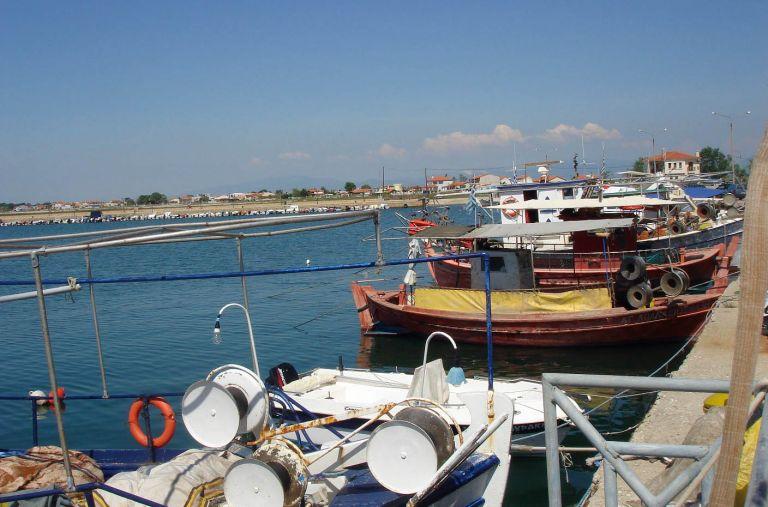 «Σε κίνδυνο ο κλάδος της παράκτιας αλιείας»   tovima.gr