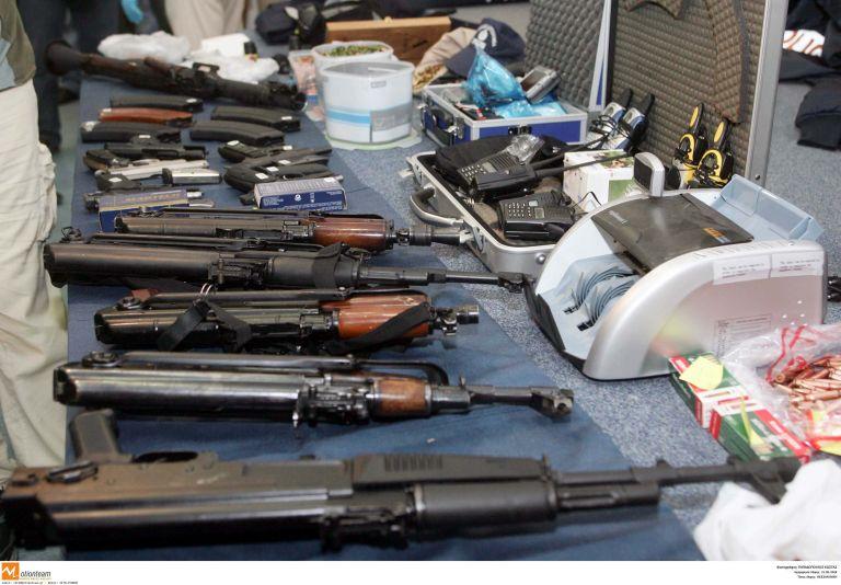 Καμίνια: 57χρονος διατηρούσε μικρό οπλοστάσιο στο σπίτι του   tovima.gr