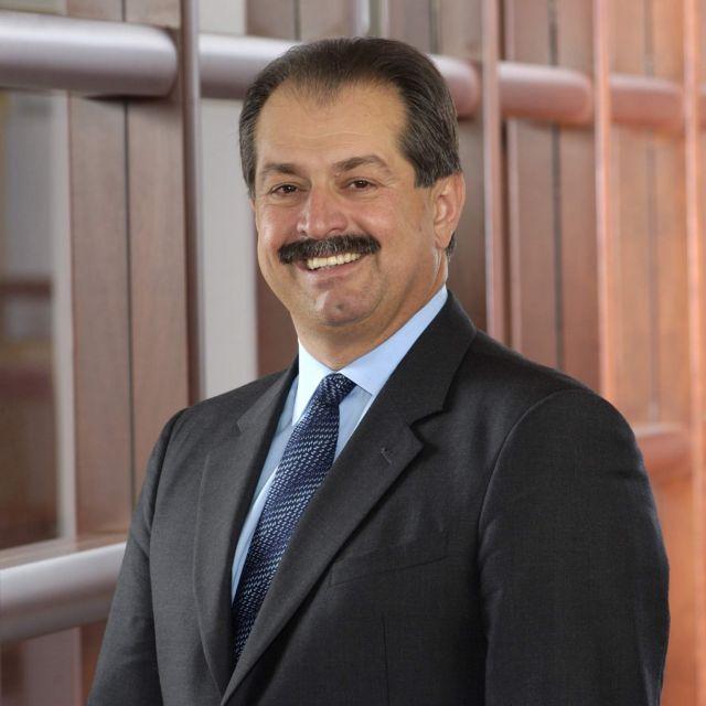 Αντριου Λιβέρης: Ο Ελληνας που έκανε πρότυπο καινοτομίας την DowDuPont | tovima.gr