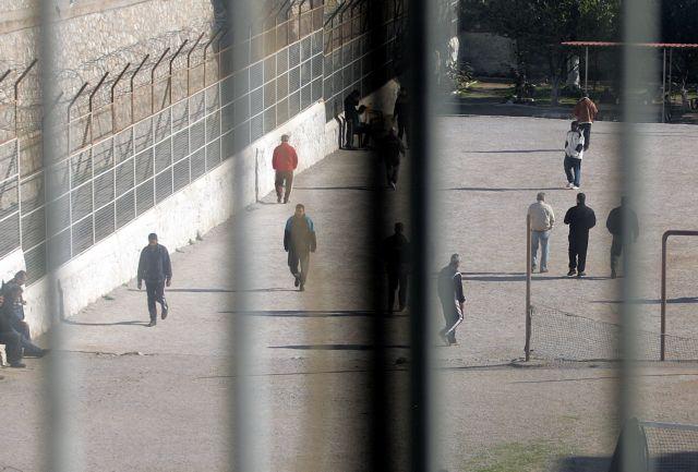 Προφυλακίστηκε αξιωματικός της ΕΛ.ΑΣ. για ηθική αυτουργία σε ληστεία | tovima.gr