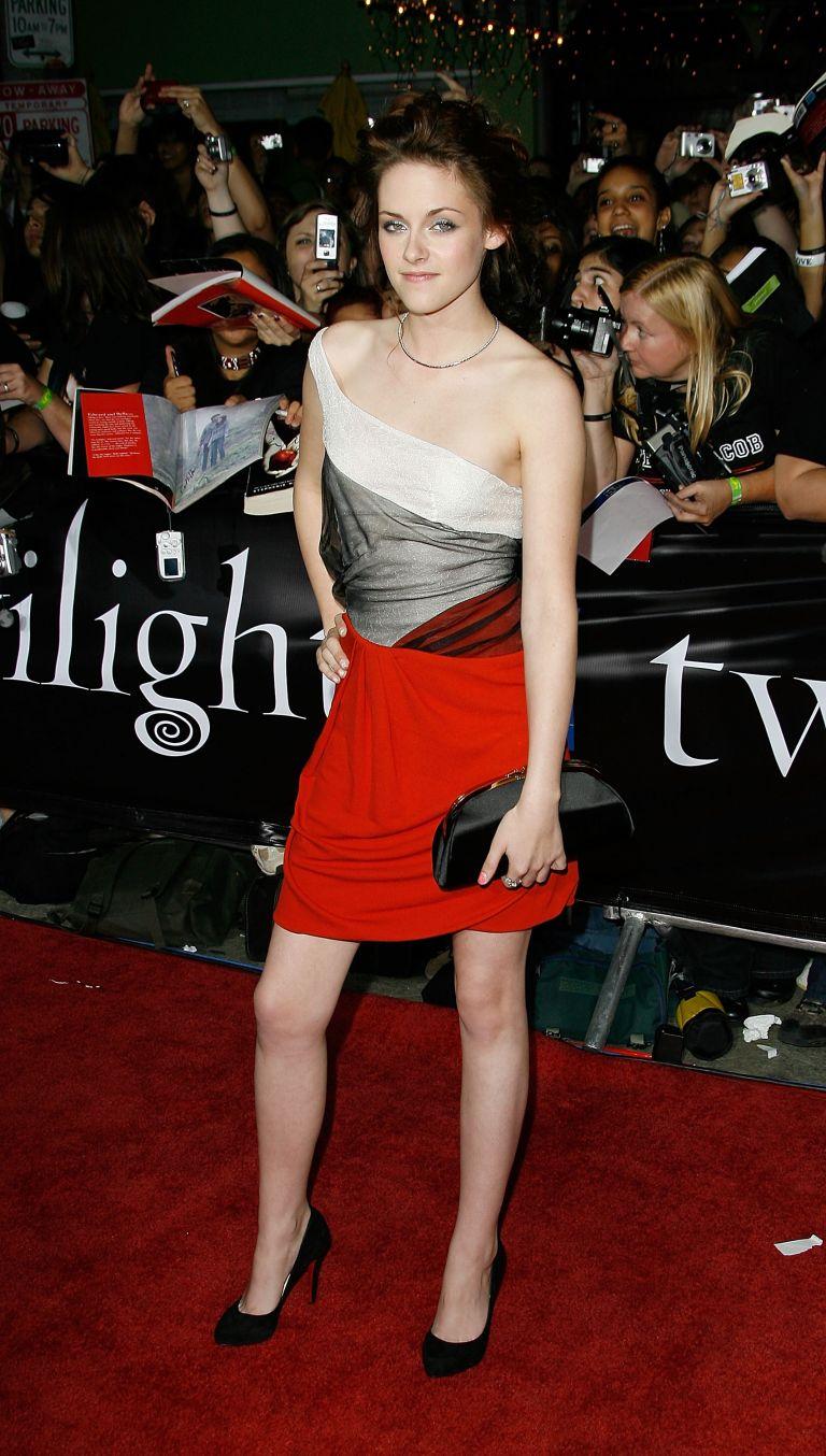 Ο Balenciaga επιλέγει την Kristen Stewart   tovima.gr