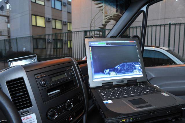 Ειδικά οχήματα με συστήματα ανίχνευσης στα λιμάνια   tovima.gr