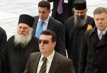 Εισαγγελική παραγγελία για ποινική δίωξη Εφραίμ, Αρσένιου και Μ. Ψάλτη | tovima.gr