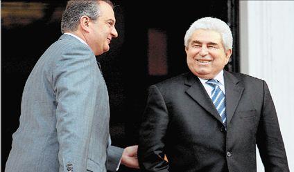Η Ελλάδα στηρίζει τις προσπάθειες  Χριστόφια για λύση του Κυπριακού | tovima.gr