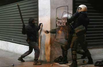 Συνεχίζονται οι μαθητικές κινητοποιήσεις μετά τη δολοφονία του Αλέξη | tovima.gr