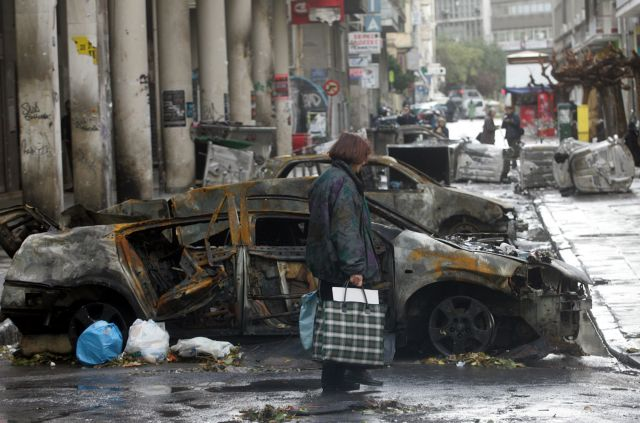 Η ΕΛ.ΑΣ. πληρώνει ακριβά τα σπασμένα της | tovima.gr