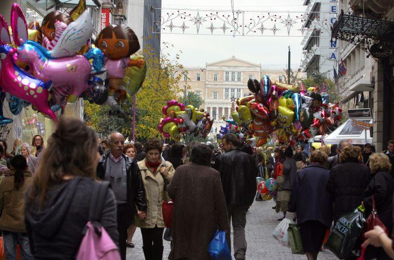 Σε 15 ημέρες ξεκινάει το εορταστικό ωράριο καταστημάτων | tovima.gr