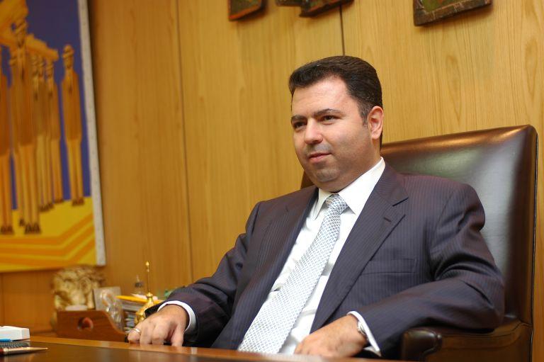 Η αποκαθήλωση του Λ. Λαυρεντιάδη | tovima.gr
