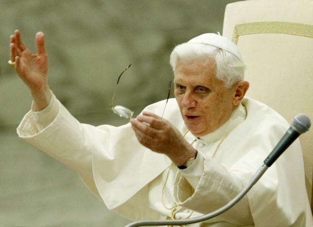 Ανάθεμα του μητροπολίτη Πειραιώς κατά Πάπα και λοιπών… αιρετικών | tovima.gr