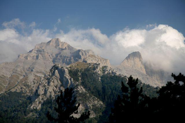 Στον Όλυμπο, το ψηλότερο βουνό της Ελλάδας αφιερώνει το σημερινό της doodle η Google. | tovima.gr