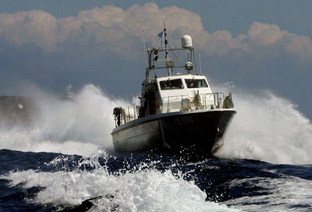 Σκάφος με 75 πρόσφυγες νοτιοδυτικά της Πύλου | tovima.gr
