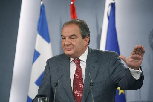 <b>Ο Καραμανλής αποφασίζει για τις εκλογές</b> | tovima.gr