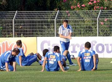 Πτώση μίας θέσης για την εθνική ποδοσφαίου στην παγκόσμια κατάταξη | tovima.gr
