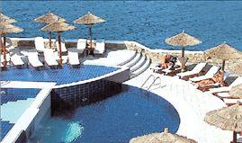 Μείωση 18% στα έσοδα  του ξενοδοχειακού κλάδου | tovima.gr