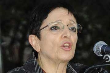 Να φοβίσει με την ψήφο του τα δύο μεγάλα κόμματα καλεί το λαό η Αλ.Παπαρήγα | tovima.gr