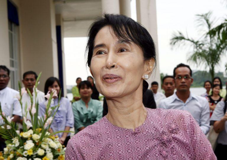 Μιανμάρ: Ορκίστηκε βουλευτής η Αούνγκ Σαν Σούου Κίι | tovima.gr