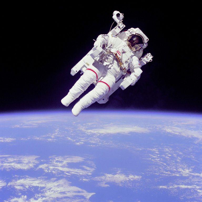 Δικηγόρο αστροναύτη αναζητά ο Ελληνικός Διαστημικός Οργανισμός | tovima.gr