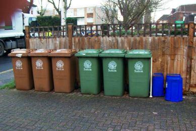 Κομποστοποίηση αποβλήτων σε Γκάζι και Κυπριάδου στα Άνω Πατήσια | tovima.gr