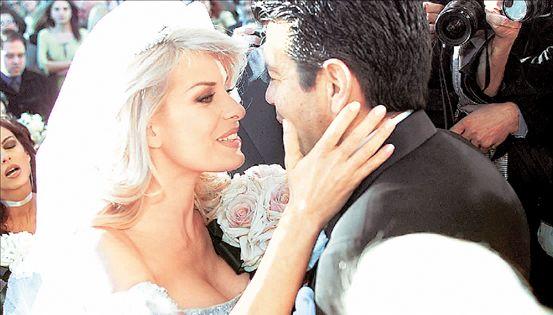 Για ένα διαζύγιο τηλεοπτικό, για μιαν Ελένη | tovima.gr