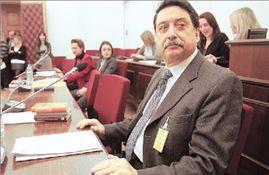 Ι. ΠΑΠΑΝΙΚΟΛΑΟΥ  Κατάθεση-«καταπέλτης», με αιχμές για πολιτικά πρόσωπα   tovima.gr