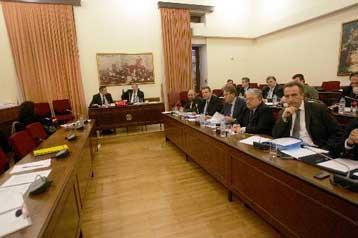 <b>Υπόθεση Siemens</b>Στην Εξεταστική Επιτροπή  όλα τα έγγραφα της δικογραφίας | tovima.gr