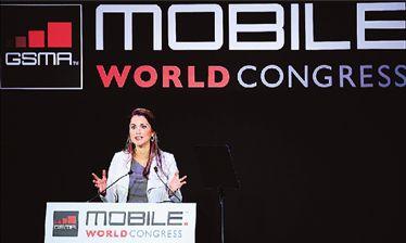 Τα «έξυπνα» κινητά παραφορτώνουν τα δίκτυα | tovima.gr
