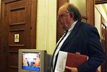 Την ίδρυση φορέα για έρευνα και εκμετάλλευση υδρογονανθράκων ανήγγειλε η κυβέρνηση   tovima.gr