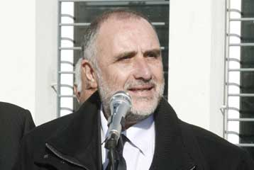 Αποστάσεις της κυβέρνησης από τις απόψεις του υφυπουργού Παιδείας | tovima.gr
