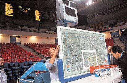 Χαμένα τα Τρίκαλα και το ελληνικό μπάσκετ | tovima.gr